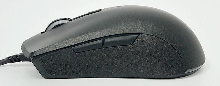 マウスの後方に頂点があります。 サイドボタンは親指の位置に2つあります